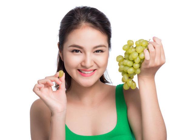 Uva da tavola e da vino : proprietà e ricette golose